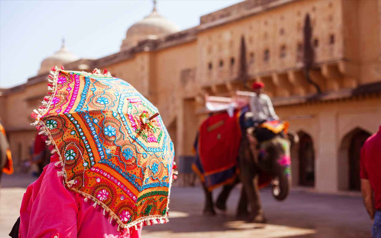 Must Visit Places In Jaipur Stay At Chokhi Dhani And Experience Beautiful Tour